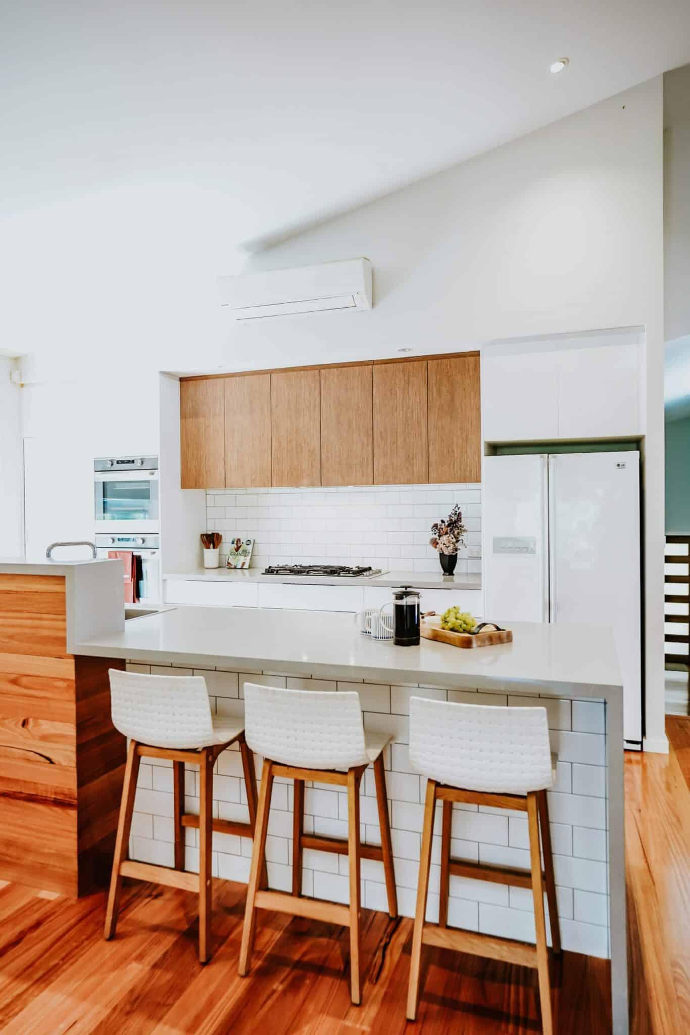 Locspec Building Oak Flats Renovation - kitchen