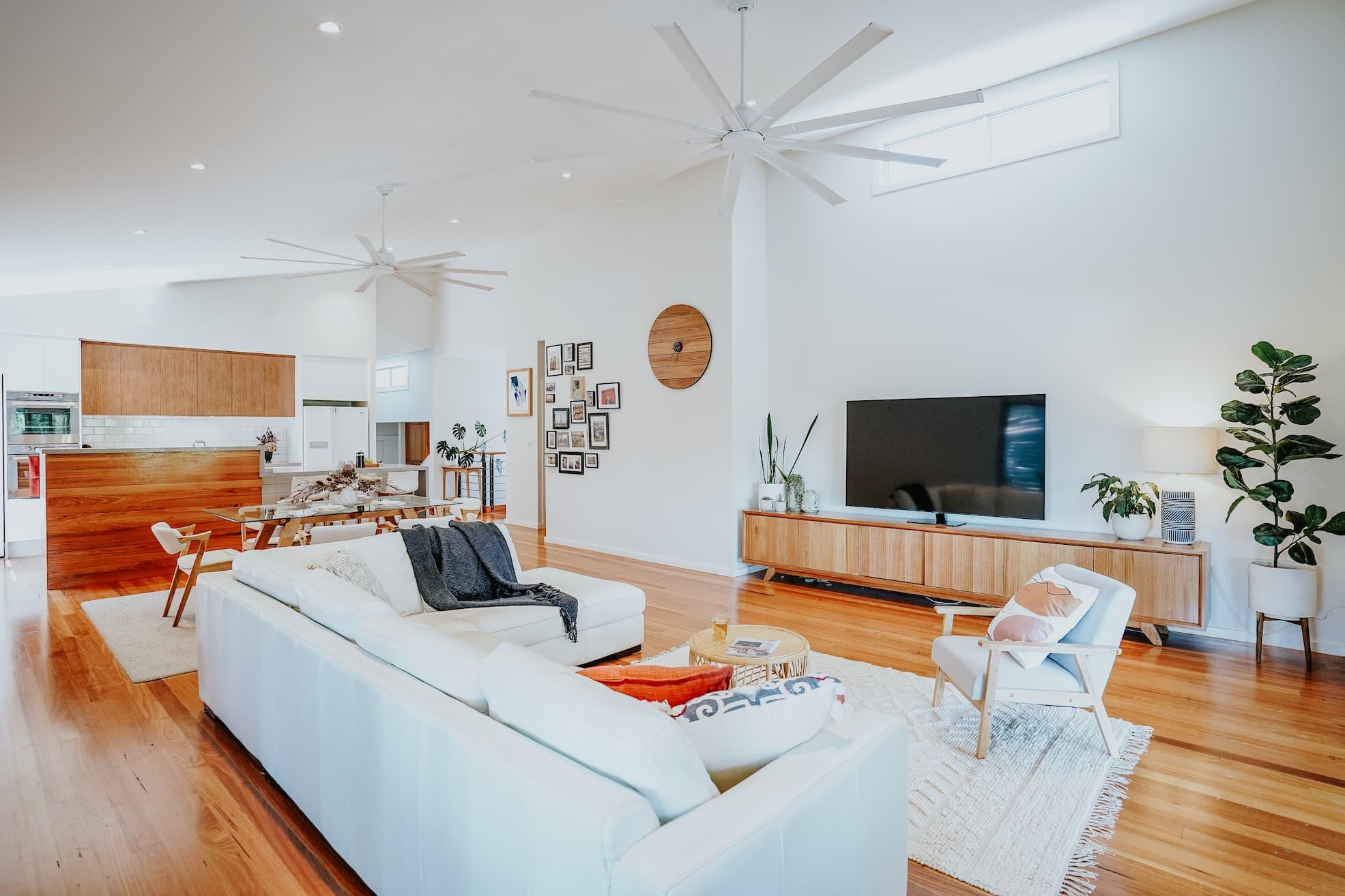 Locspec Building Oak Flats Renovation - living room.