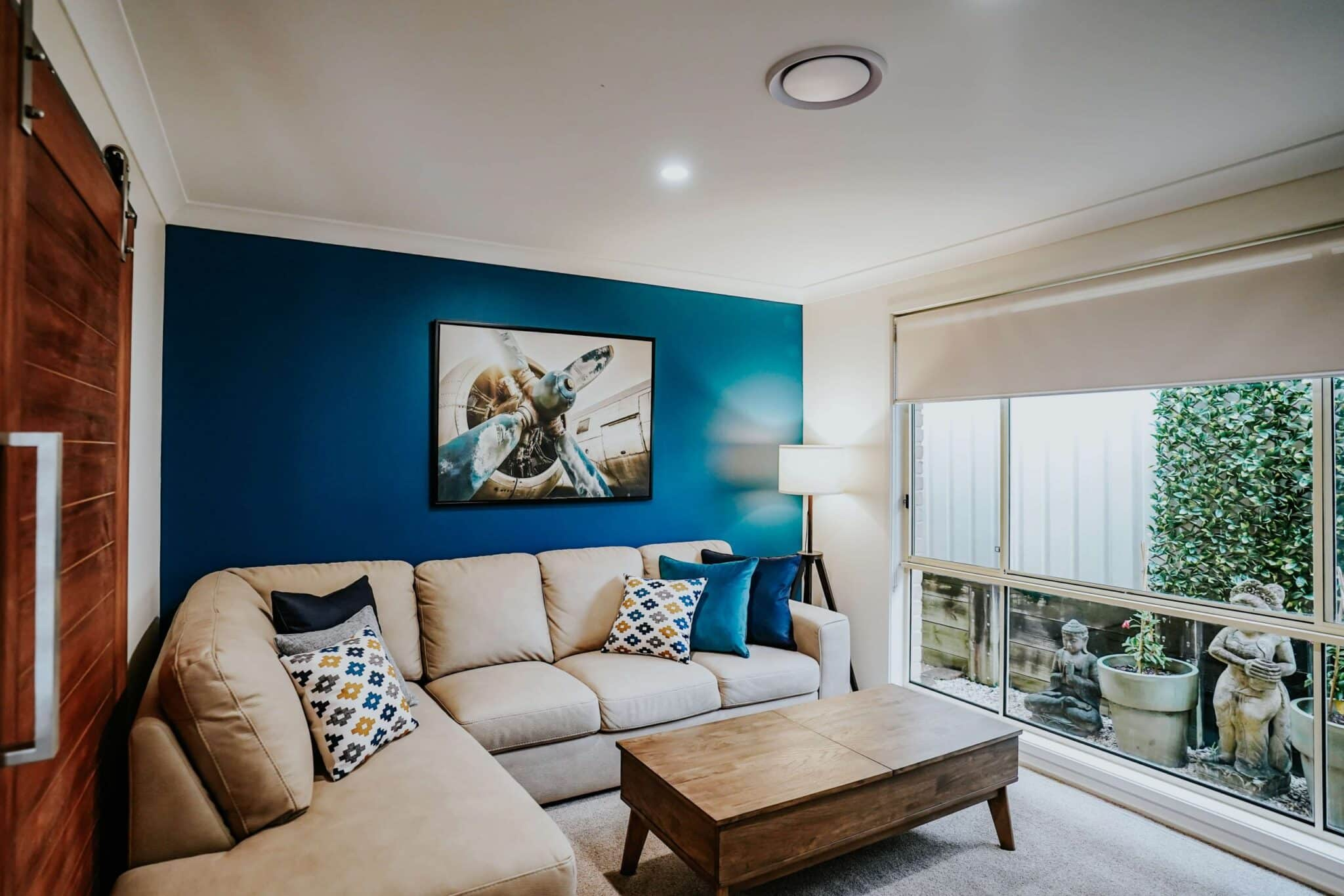 Locspec Building Shell Cove Renovation - living room