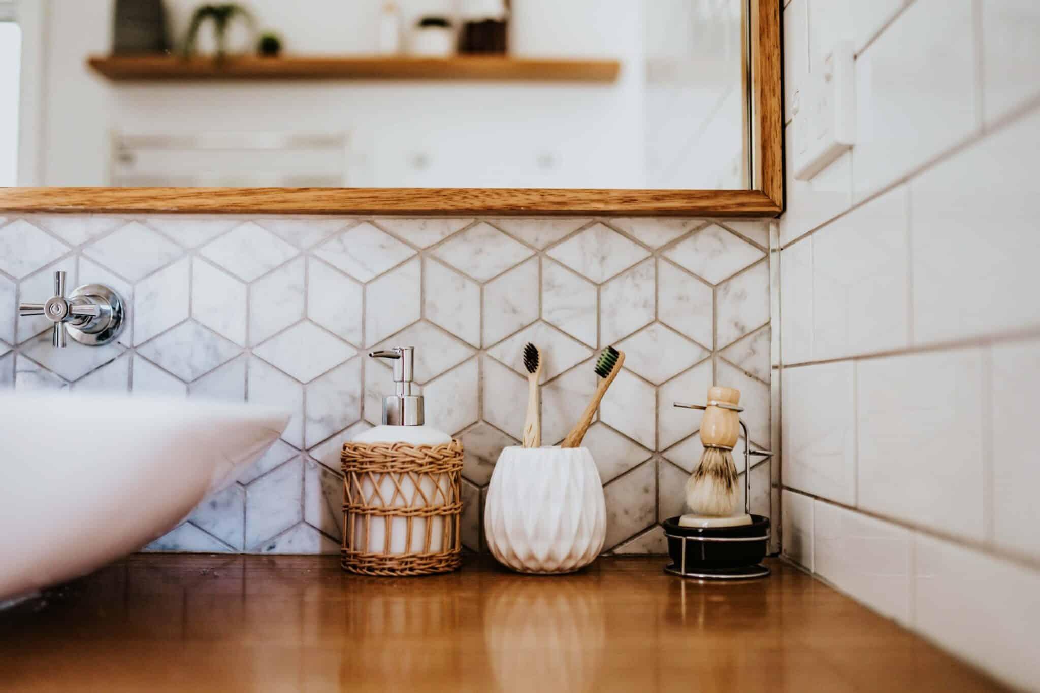 Locspec Building Oak Flats Renovation - bathroom counter