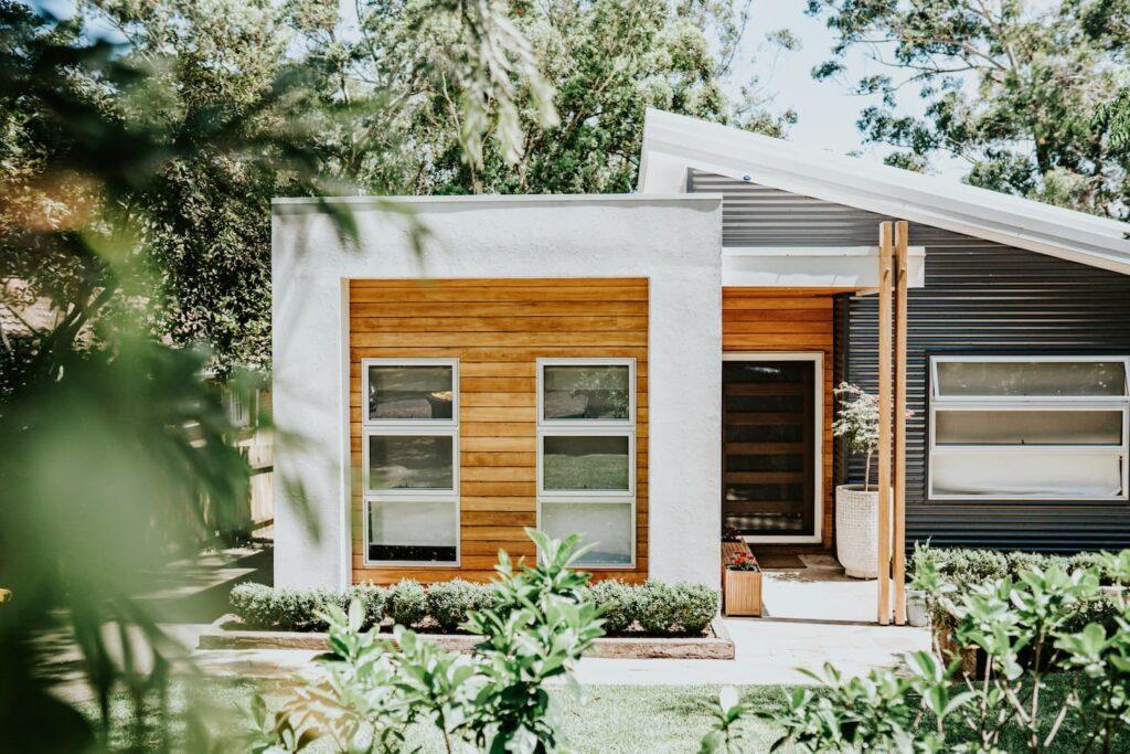 Locspec Building Oak Flats Renovation - exterior