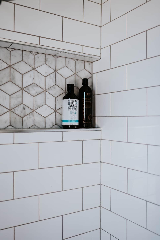 Locspec Building Oak Flats Renovation - shower